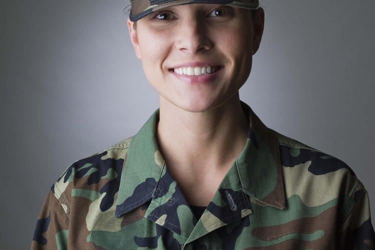 El 70% de las posiciones en las Fuerzas Armadas están abiertas a las mujeres.
