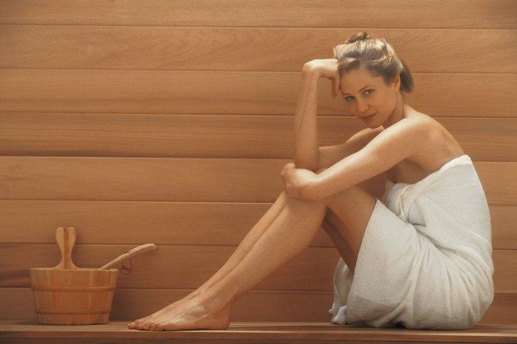 Los saunas relajan músculos tensos y expulsan toxinas del organismo.