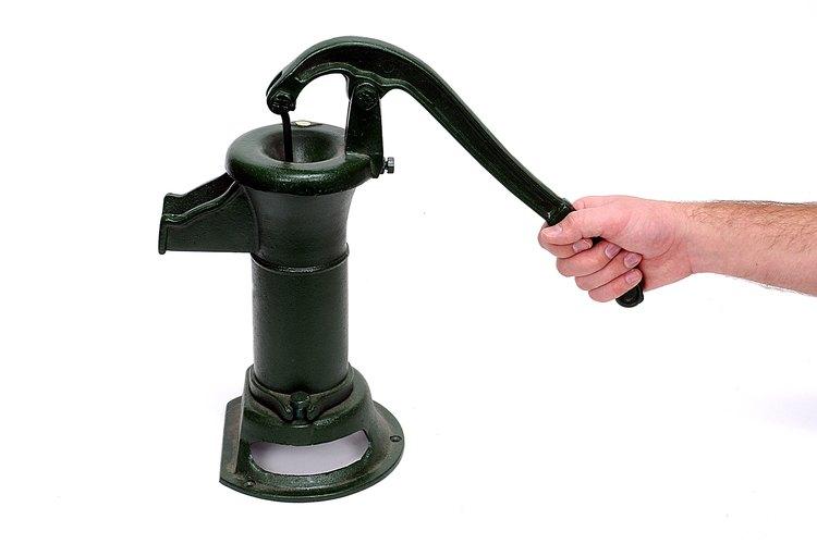 Qu tipo de bomba se necesita para sacar el agua de un for Bomba de agua para pozo
