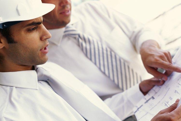 Las órdenes de cambio de ingeniería se emiten cuando los clientes requieren cambios en el diseño.