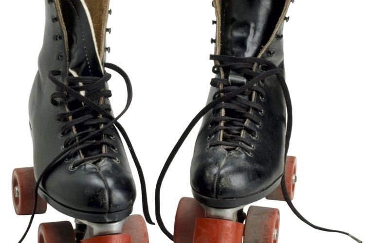 El equipo de seguridad y los patines con buen calce ayudan a garantizar la seguridad de tu hijo.