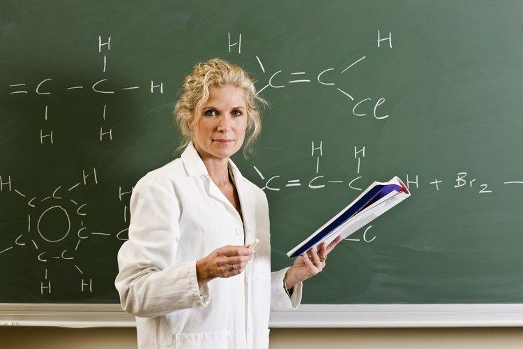 En mayo del 2010, los 15.280 ingenieros biotecnológicos empleados en los Estados Unidos obtuvieron un salario anual promedio de US$84,780.