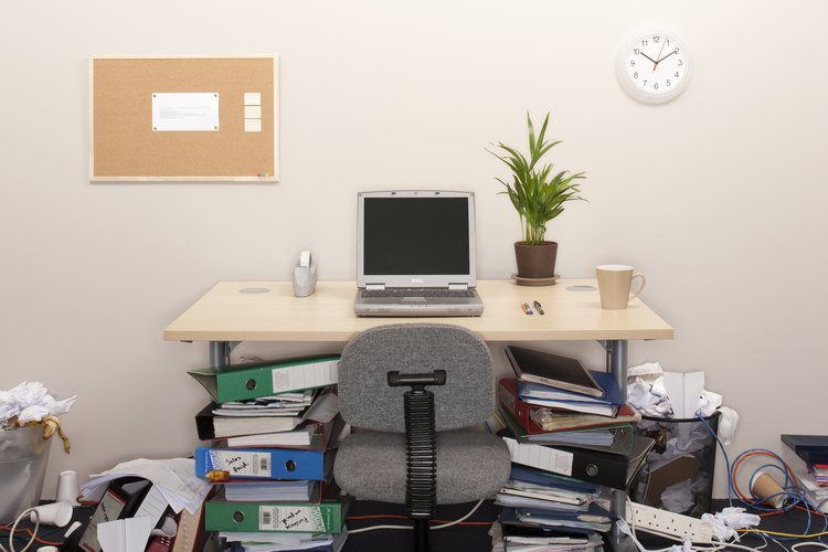 La adecuada organización del espacio de trabajo puede prevenir lesiones.