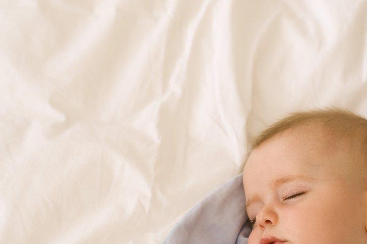 Miles de bebés en Estados Unidos mueren en sus cunas cada año.