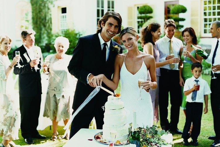 Generalmente los invitados de la pareja de novios son familiares y amigos más cercanos.