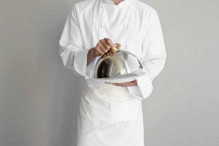 Un chef de repostería puede trabajar en un restaurante, hotel o pastelería.