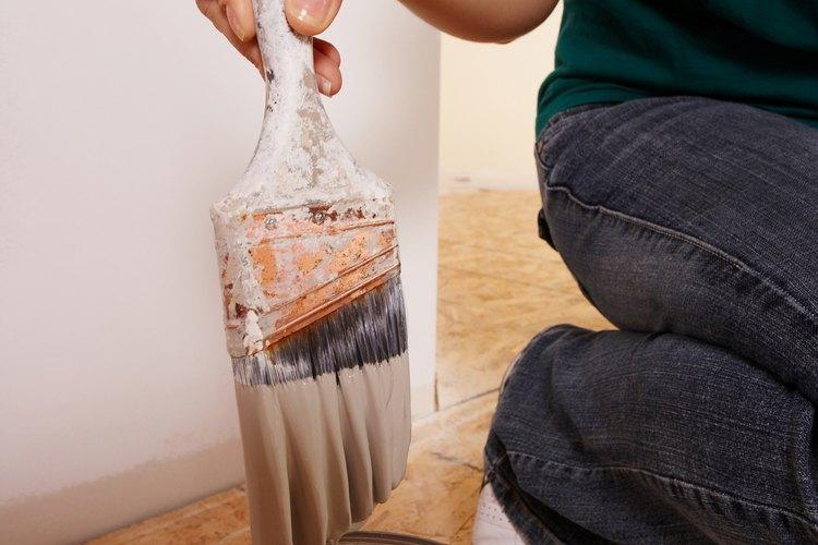 Pintar paredes de interior puede llevar mucho tiempo y energía.