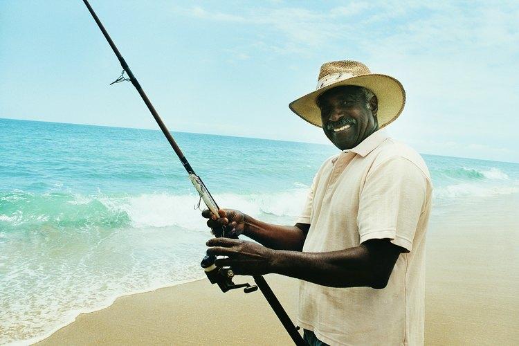 La playa es sólo uno de los muchos lugares de pesca en la isla de Galveston.
