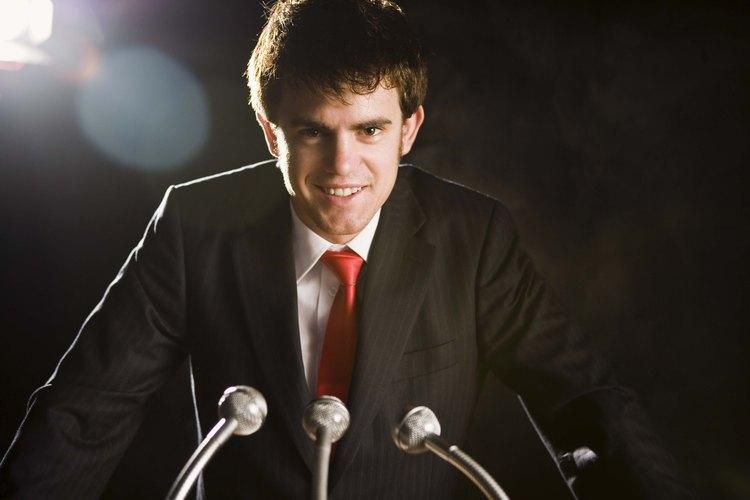 Los especialistas en relaciones públicas necesitan fuertes habilidades de comunicación oral.