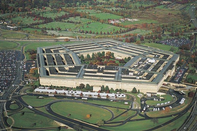 El Pentágono ha planteado cuestiones acerca de la imposibilidad de disciplinar a personal contratista.