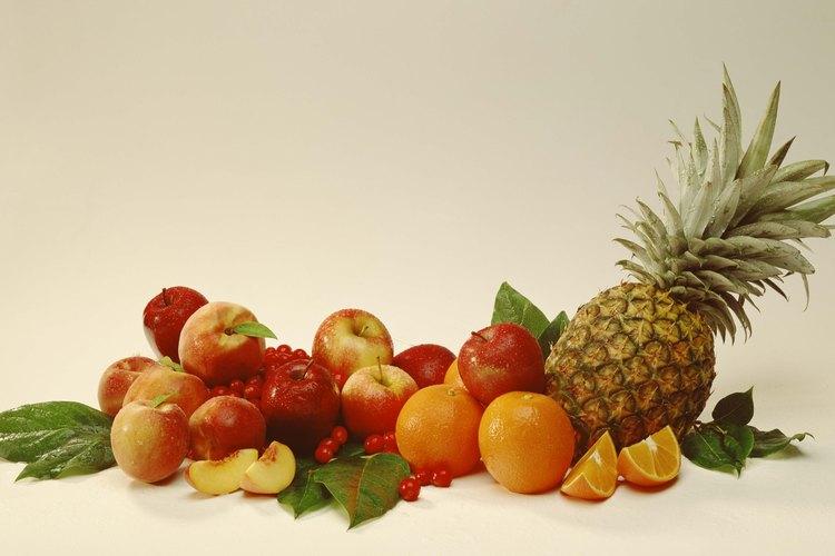 Los bosques tropicales cuentan con una amplia variedad de frutas exóticas y comunes.
