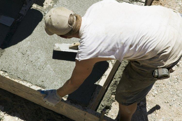 Como usan cables eléctricos y un suministro de energía, hay un gran riesgo de accidentes durante un trabajo de construcción.