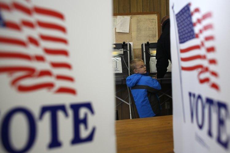 Lleva a tu niño cuando vayas a votar durante Election Day.