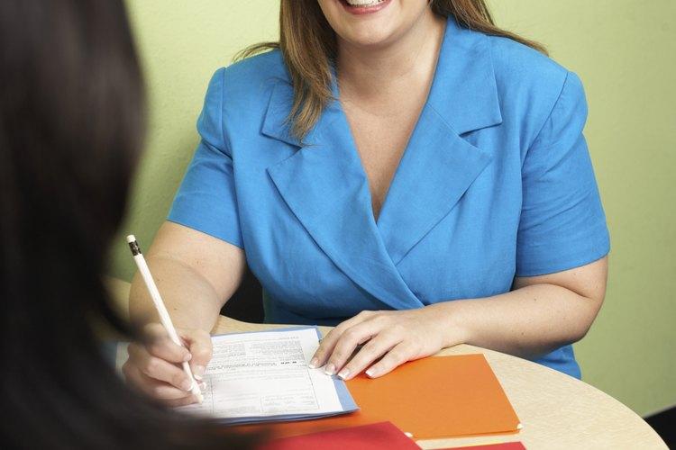 El campo de la consultoría de recursos humanos comprende las siguientes especialidades: planificación de la fuerza laboral y del empleo; recompensas totales.