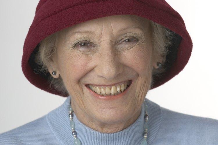 Las mujeres a la moda en 1920 utilizaban sombreros cloché.