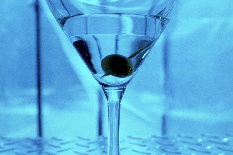 Decide qué sabor de martini deseas: dulce o seco (sin azúcar).