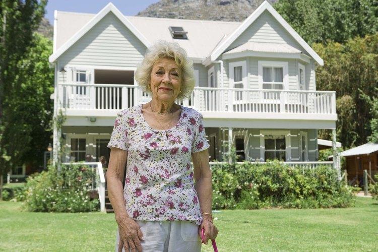 Entre más vieja sea una casa, es más probable que haga ruidos de crujidos, tronidos y rechinidos.