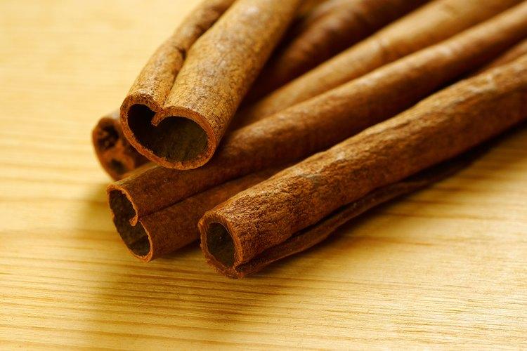 La canela en rama imparte un aroma atrayente.