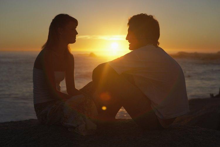 Recorta fotos románticas.