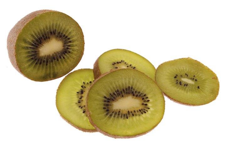 El kiwi húmedo está podrido.