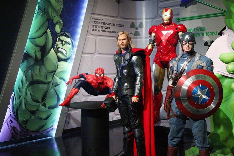 Superhéroes de cómics.