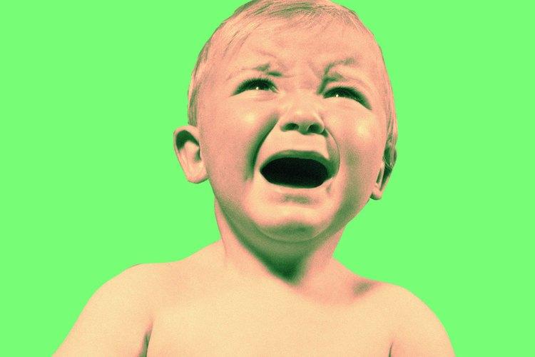 Algunos bebés se sienten muy molestos cuando son abordados por una nueva persona.