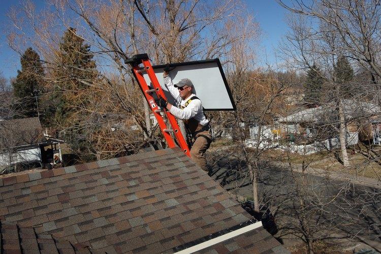La instalación de paneles solares reducirá las facturas de energía de tu hogar.
