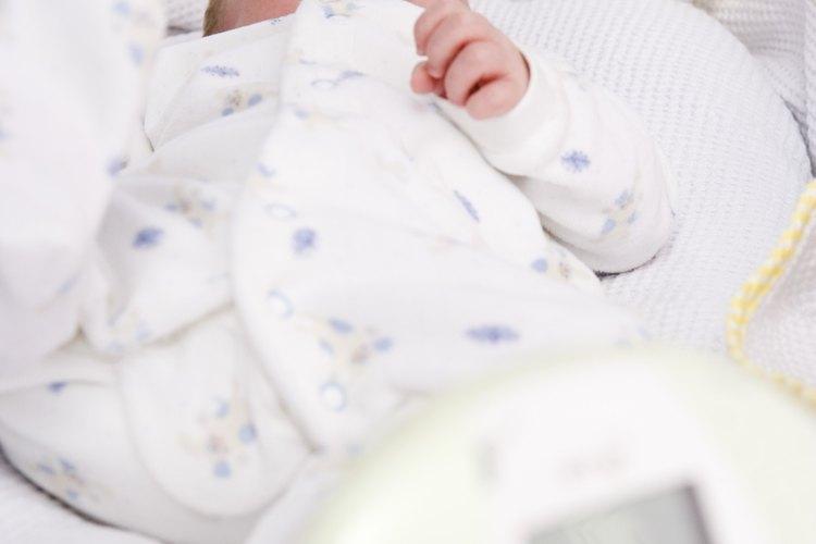 Tu bebé puede verse lindo en un moisés, pero podría representar un riesgo para su seguridad.