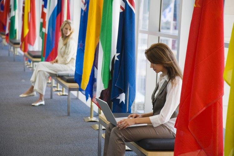La globalización produce la necesidad de manejar más de un idioma.