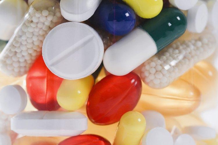 Muchos tipos de drogas ilícitas y de prescripción médica pueden tentar a los jóvenes.