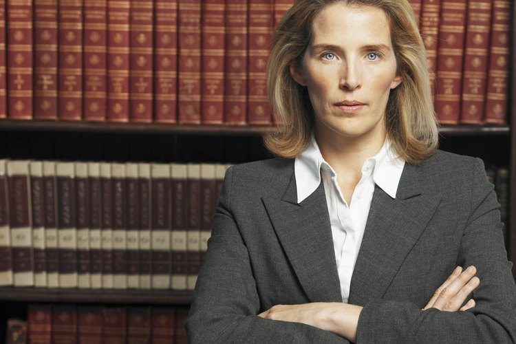 Los ingresos de un abogado corporativo dependerá de muchos factores importantes.