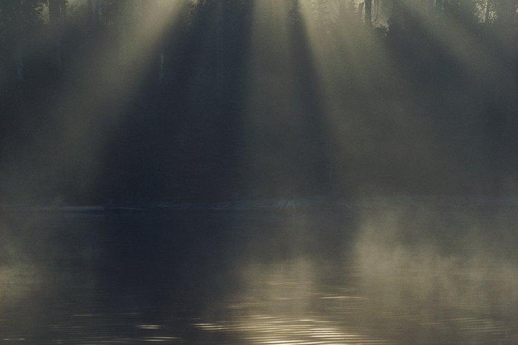 Para obtener el aspecto terrorífico que los adolescentes quieren representar, se necesita algo tan elemental como la niebla.
