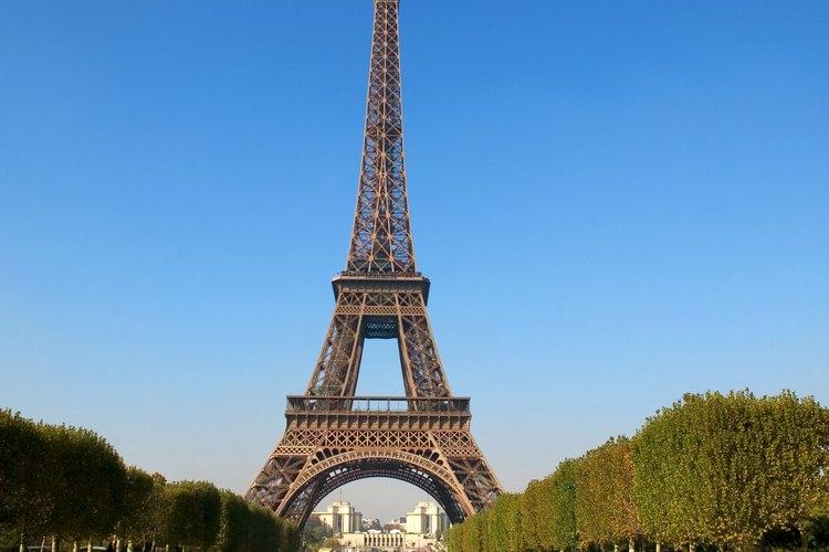 Paris cuenta con mucha historia, arte y romance.