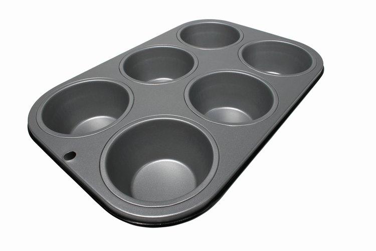 Puedes sustituir los capcillos engrasando un molde para muffins antiadherente.