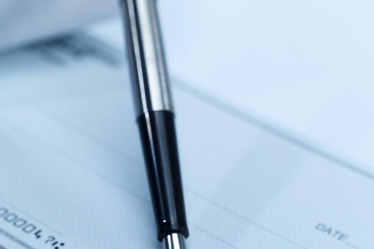 El número de serie debe coincidir con el que está escrito en tinta magnética.