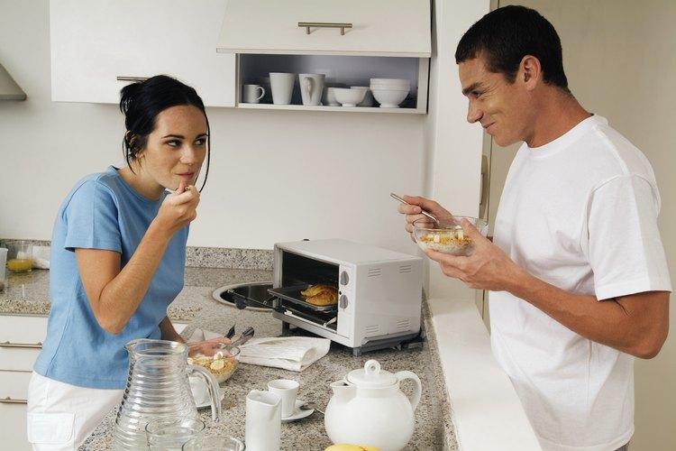 Los hornos tostadores de convección se pueden usar para cocinar una variedad de comidas.
