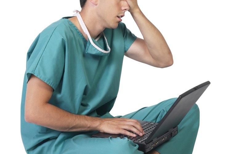 Cuando se tiene un inconveniente con las computadoras, es hora de llamar al soporte de mesa de ayuda.