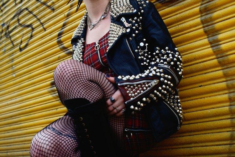 Realiza tu propia chaqueta de cuero estilo Punk Rock