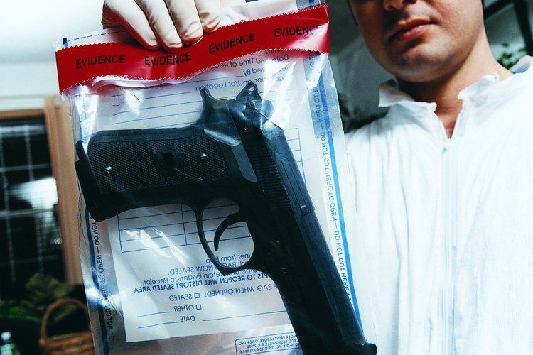 Las pruebas recogidas en la escena del crimen deben ser conservadas adecuadamente.
