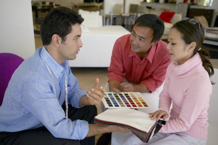 La mayoría de los grandes almacenes de tela tienen por lo menos un tipo de forro térmico, que a menudo viene en color blanco o marfil.