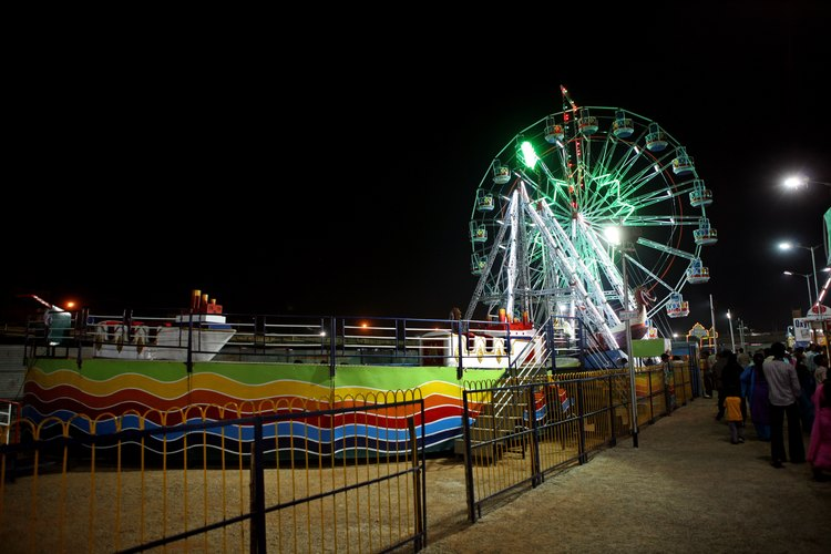 Las grandes tierras aquí permiten lugar para muchos de los juegos clásicos de los carnavales.