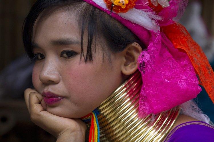 Hoy, las mujeres jirafa son un atractivo turístico en Tailandia.