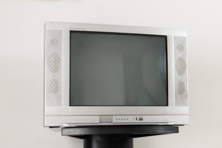 Quita la televisión de la recamara de tu hijo.