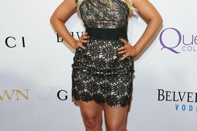 Christina Aguilera, con su pequeña silueta de pera, nos muestra su angosta cintura en el segundo concierto anual en honor de Mary J. Blige.