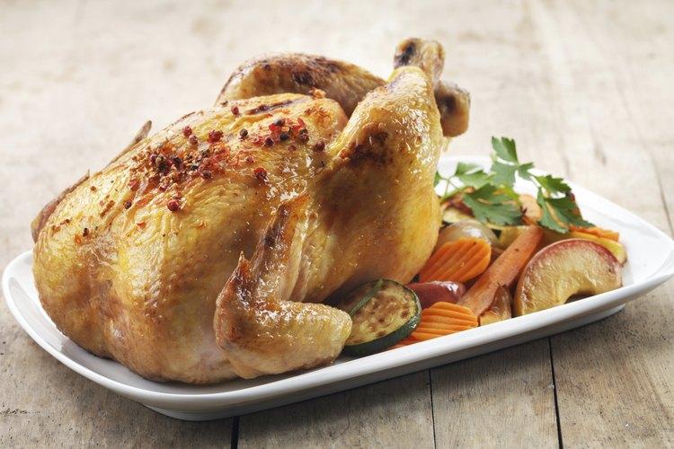 C mo cocinar pollo en un horno tostador for Horno convencional pequeno