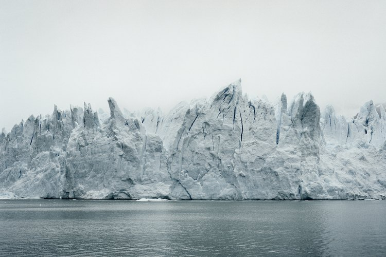 Las capas de hielo polar se derriten debido al calentamiento global.