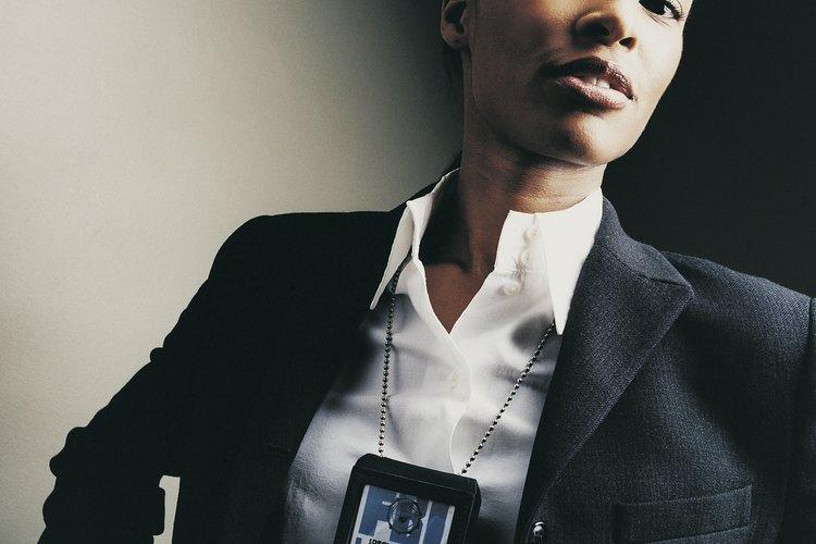Los agentes de la DEA son contratados normalmente en las escalas salariales del gobierno GS-7 o GS-9.