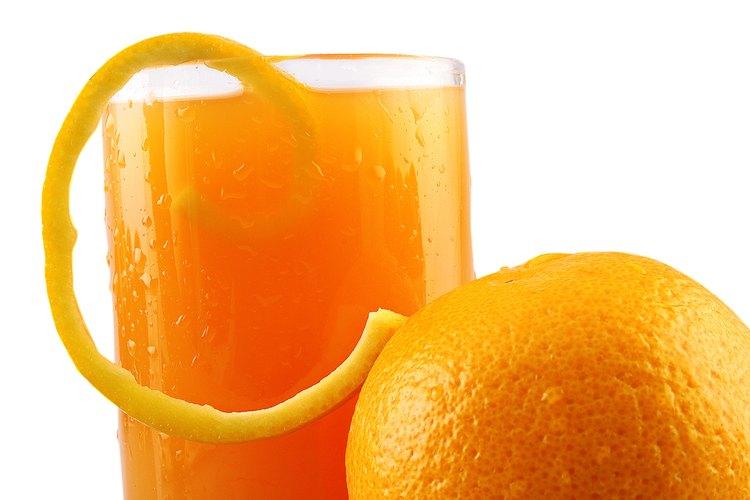 Hay varias técnicas para preparar un buen jugo de naranja.