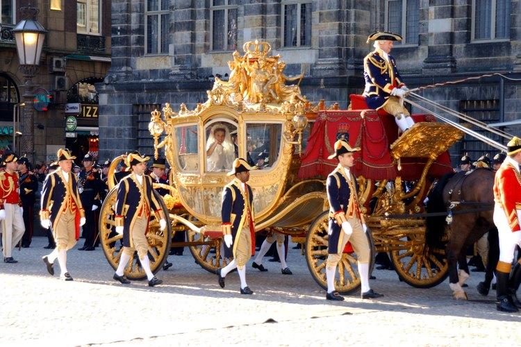 La realeza holandesa usa la plaza Dam para eventos especiales.