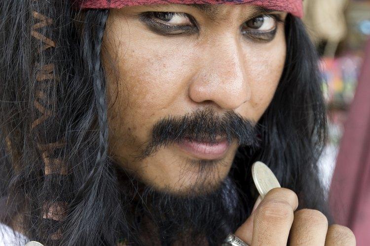 Haz tu propio disfraz de pirata.